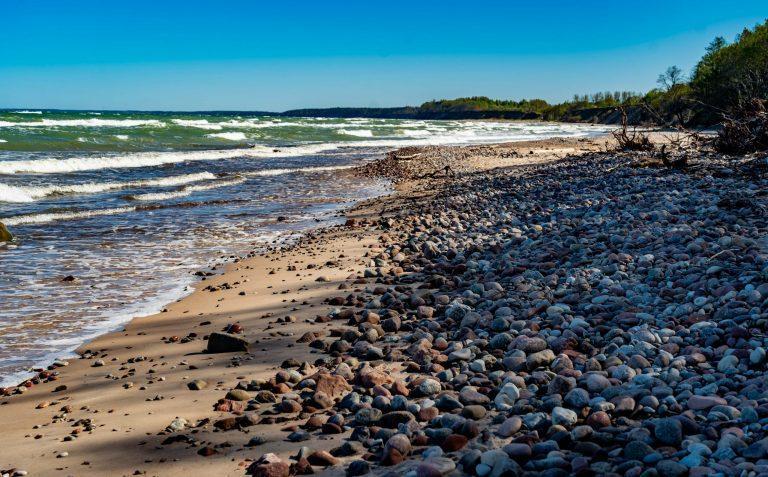 jūrkalnes-pludmale-viesu-nams